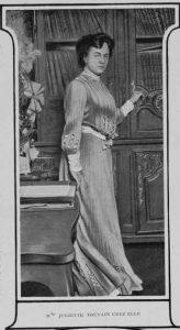 Figure 1a: Juliette Toutain dans <em>Musica</em>, n<sup>o</sup> 9, 1903, p. 140.